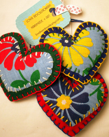 Puffy Fabric Hearts