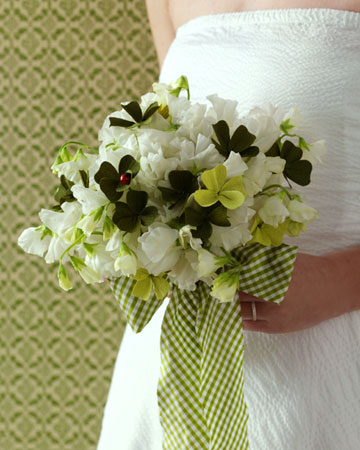 Lucky Bridal Bouquet Step By Step DIY Craft How To S And Instructions Ma