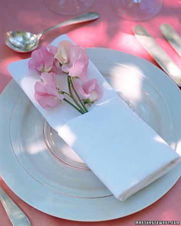 """16 янв 2012 Мастер-класс Натальи Возновой  """"Розы из бумажных салфеток для дерева."""