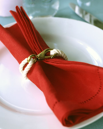 [تصویر: la103380_0708_napkin_ring_xl.jpg]