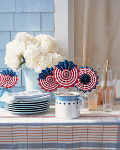 Patriotic Red, White, and Blue Crafts and Party Decorations