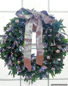 ft_wreaths01_m.jpg