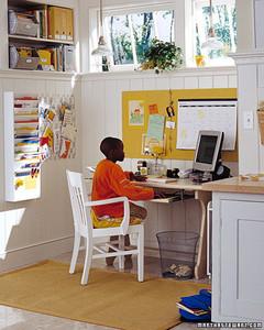 kids_rooms_desk3.jpg