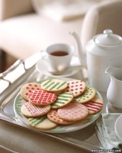 gt02decmsl_cookies.jpg