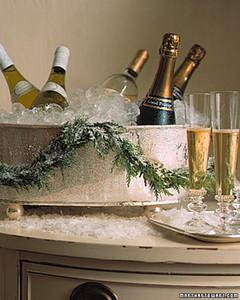 a98313_1200_champagne.jpg
