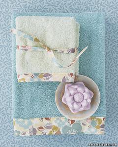 mla103005_0607_towels.jpg