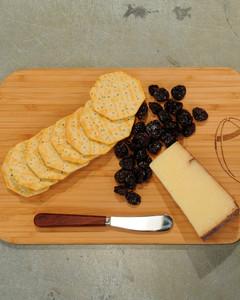 cutting-board-mslb7079.jpg