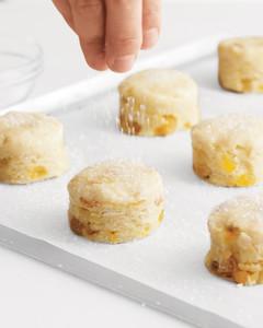 flour-scones-mld108145.jpg