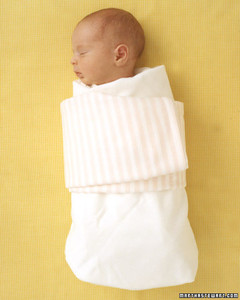 ka101967_spr06_babywrap.jpg