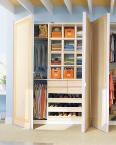 mla_104332_0109_closet1.jpg