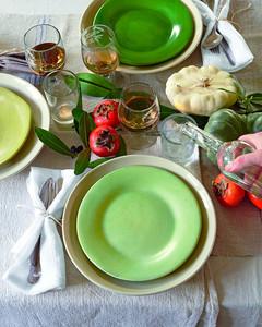 table-setting-mld107005.jpg
