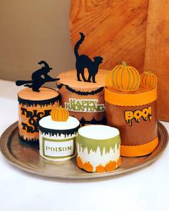 6017_093010_cricut_cakes.jpg