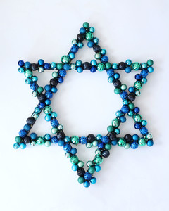 Hanukkah ornament wreath