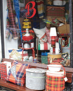brimfield-store-mld108022.jpg