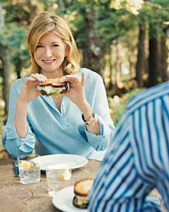 mla103516_0708_ms_sandwich.jpg