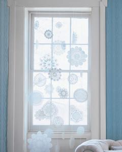 mla103942_1208_windowdress.jpg