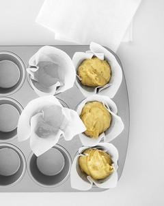 mld104812_0609_cupcakes_ht.jpg