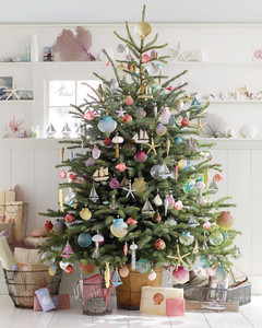 seaside inspired christmas tree - Martha Stewart Christmas