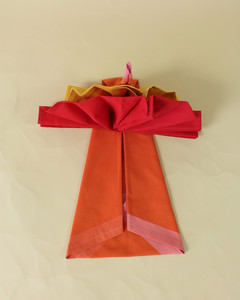 turkey shaped folded napkins above view step eighteen