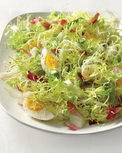 frisee-salad-eggs-mld107879.jpg