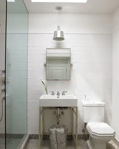 msl_sept05_btsink1b_bathroom.jpg