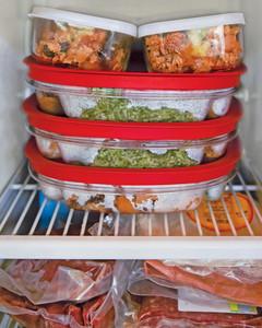 tv-dinners-freezer-mld108004.jpg