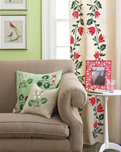 Craft Paint Pillows Mrkt 0712
