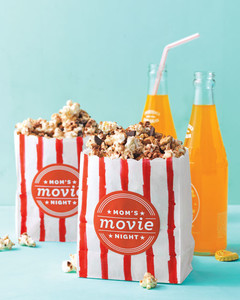 flavored-popcorn-0511mld107144.jpg