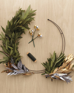 metallics-wreath-291-mld110651.jpg