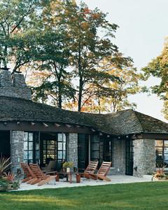 Home Tour: Modern Lake House