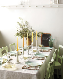 easy-entertaining-table-mld108949.jpg