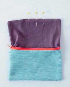 zipper-pouch-11-4027-d111406-0914.jpg