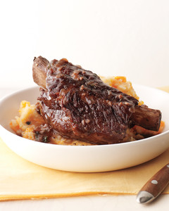 beef_short_ribs_with_potato_mash_1.jpg