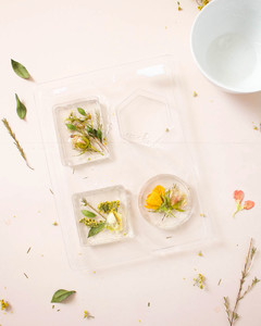 dried pressed flower soap bar step 1