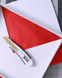 envelope valentine box with red lining