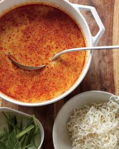 coconut-curry-noodle-soup-mld107928.jpg