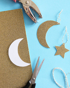 Fantastic Outdoor Eid Al-Fitr Decorations - eid-al-fitr-flower-centerpieces-step_vert  Snapshot_229743 .jpg?itok\u003dq_oaN6WL