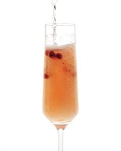 lincoln-prosecco-cocktails-mld108626.jpg
