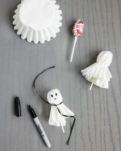 bootiful halloween ghost lollipop party favors