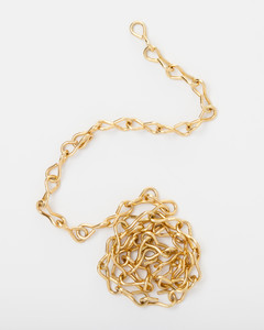 chain-hardware-jewelry-glossary-016-ld110089.jpg