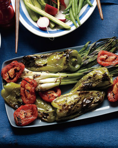 grilled-cubanelles-tomatoes-scallions-mld108771.jpg