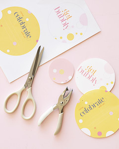 boundless-beauty-d106323-invite-scissors-how-to-414.jpg