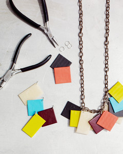 boundless-beauty-d106342-square-necklace-how-to-0414.jpg
