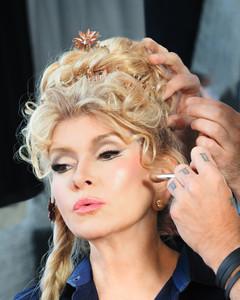 2013-sip-martha-behind-scenes-hair-makeup-d110347-0914.jpg