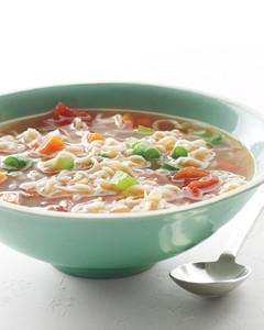 at-your-convenience-vegtable-noodle-soup-med108749-001b.jpg
