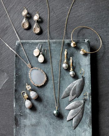gray-jewelry-0314.jpg