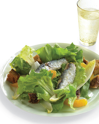 escarole endive salad with sardines