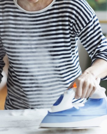 how to use steam iron rowenta