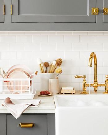 15 Kitchen Essentials Thatu0027ll Instantly Upgrade Your Space