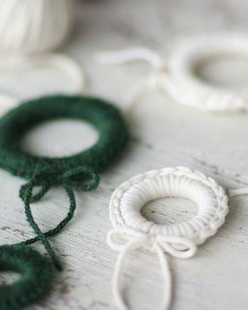 Miniature Crochet Wreaths Video EH
